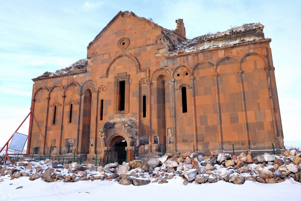 ani-katedrali