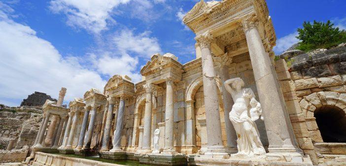 Ağlasun'a tepeden bakan şehir; Sagalassos