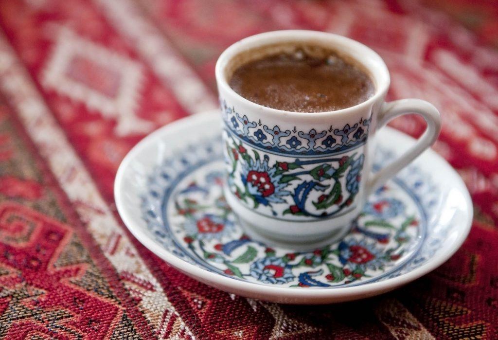 erol-tas-kahvehanesi