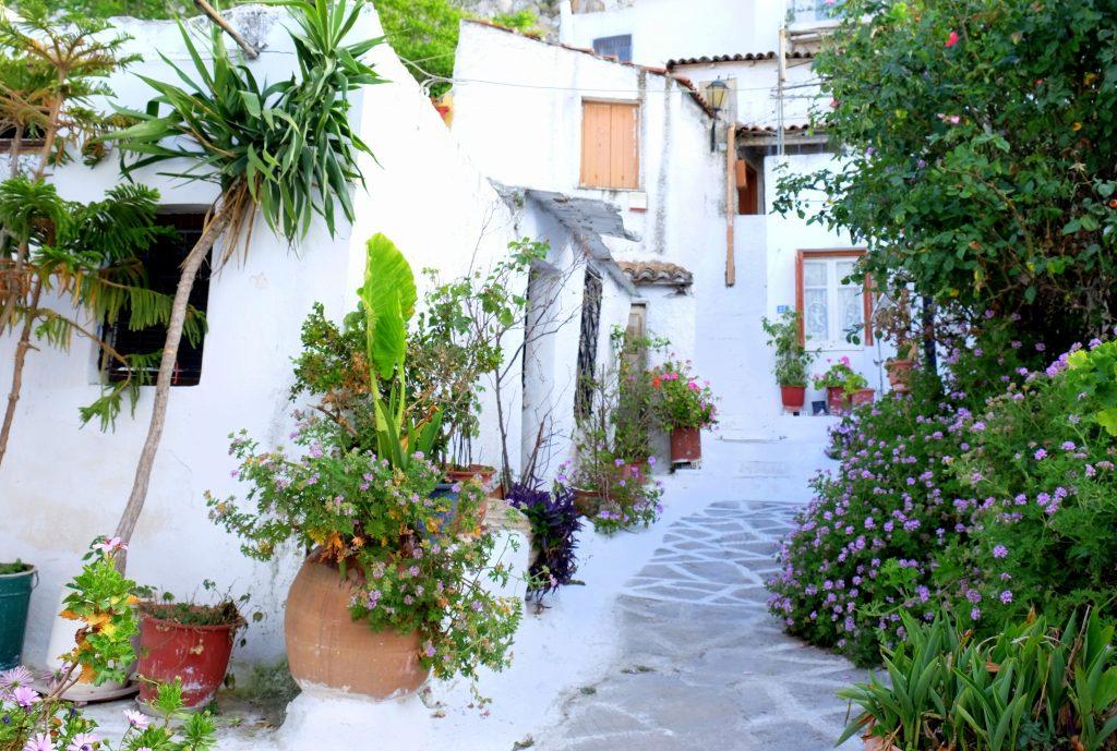 Atina-Beyaz-Sokak