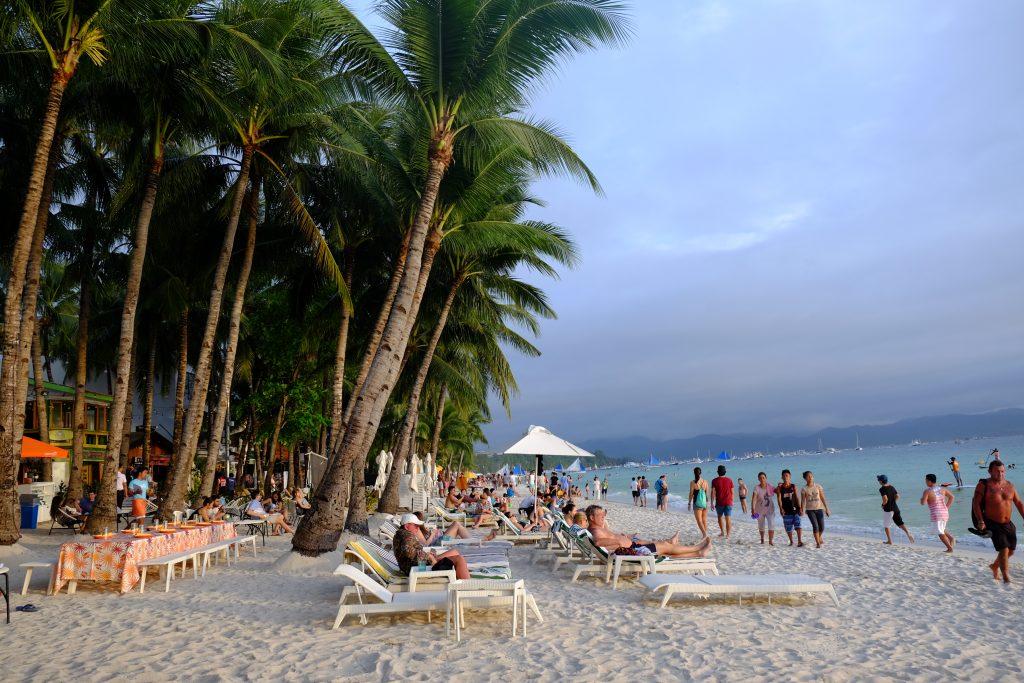 White-Beach-Boracay2